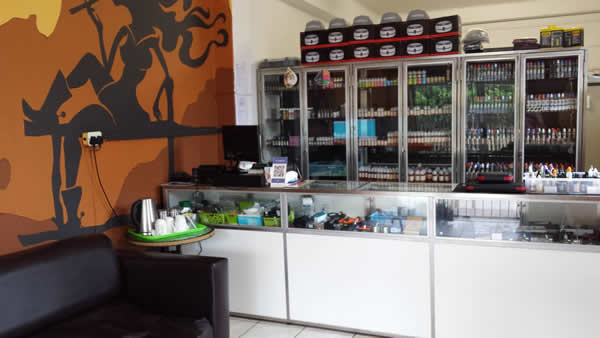 Have some coffee and taste the best local and imported juices together with the E-Cig Inn staff