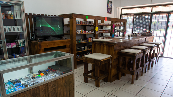 You can find amazing local and imported e-juice at E-Cig Inn. Various nicotine levels available.